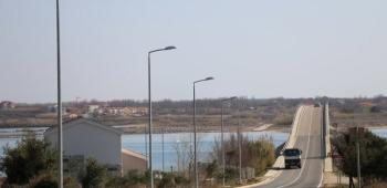 Radovi na cesti D-306 od Virskog mosta do naselja Centar